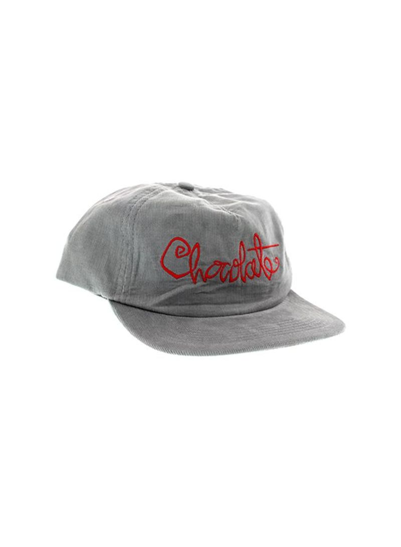 e0970d55546 تسوق شوكليت سكيت بوردز وقبعة من طراز Choc Script Cord رمادي أحمر ...