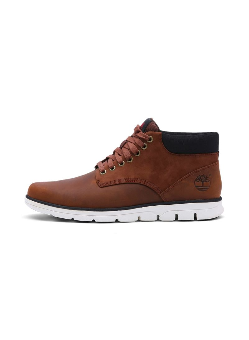 fa415233ae9 Shop Timberland Men's Bradstreet Leather Chukka Boots online in ...