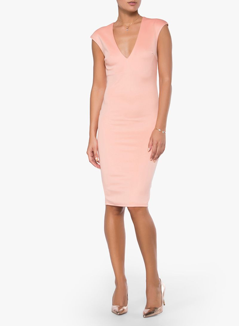57b6f3e3995 Shop High Streets Sleeveless Fitted Midi Dress Pink online in Dubai ...