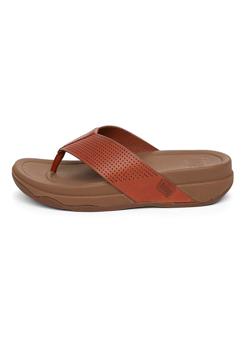 91c4cf4a1e0 Shop fitflop Surfer Perf Men s Leather Toe-Thong Sandal online in ...
