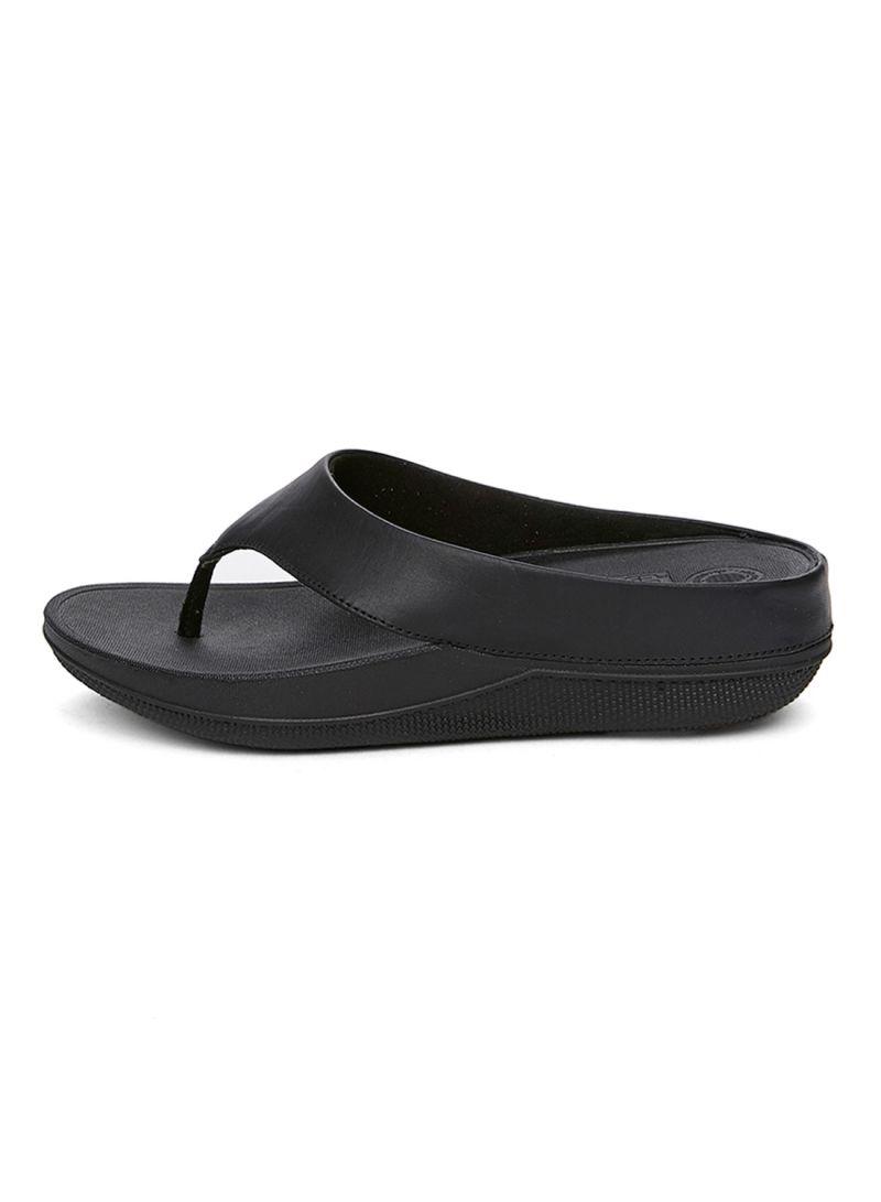 d6829402a Shop fitflop Superlight Ringer Toe-Post All Black Sandal online in ...