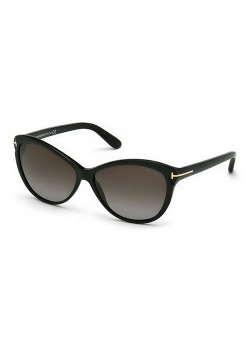 6481a991dad Shop TOM FORD Women s Cat Eye Frame Sunglasses 0325 C 01P online in ...