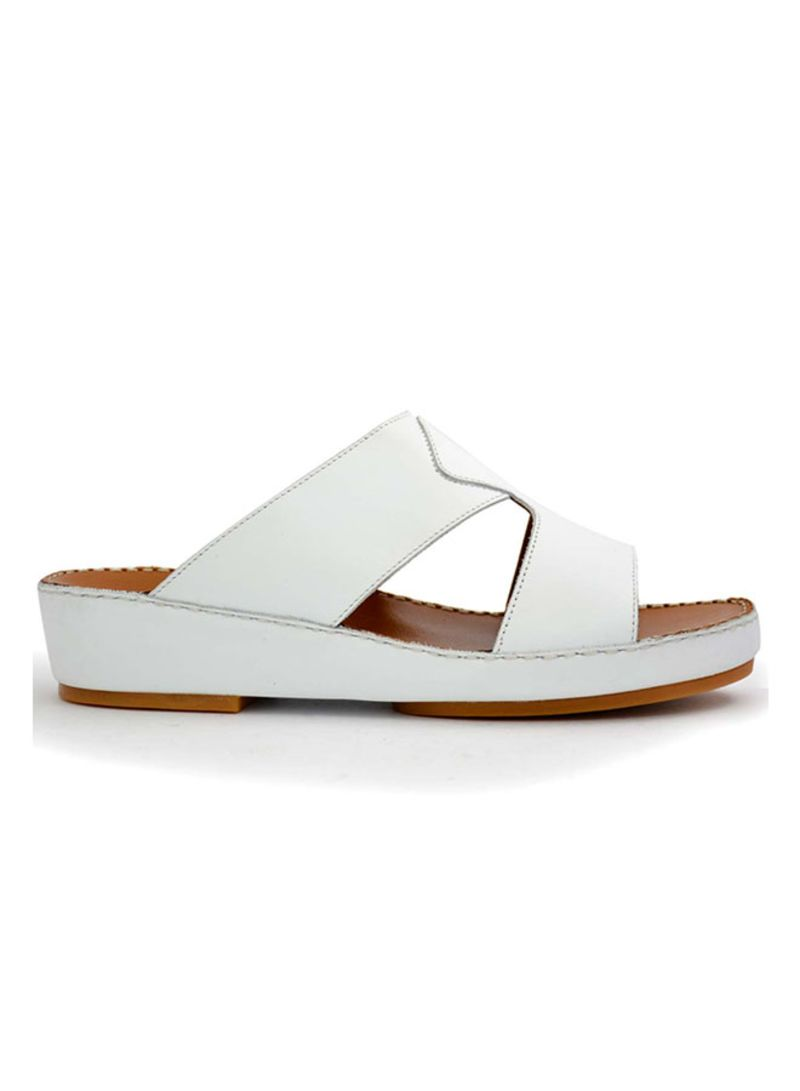 8565d90bac7 Shop Chic Shoes Stylish Arabic Slippers online in Dubai
