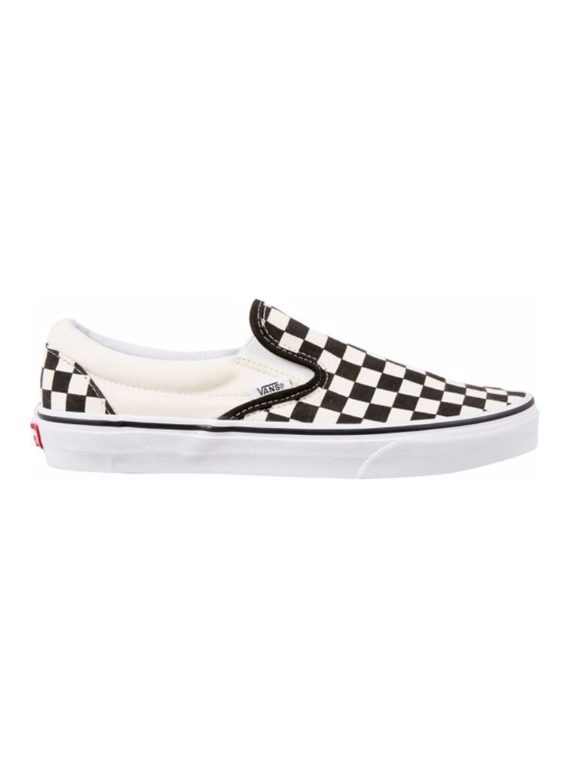 0b0f402b90ef7f Shop Vans Asher Slip on Low Top Sneaker online in Riyadh