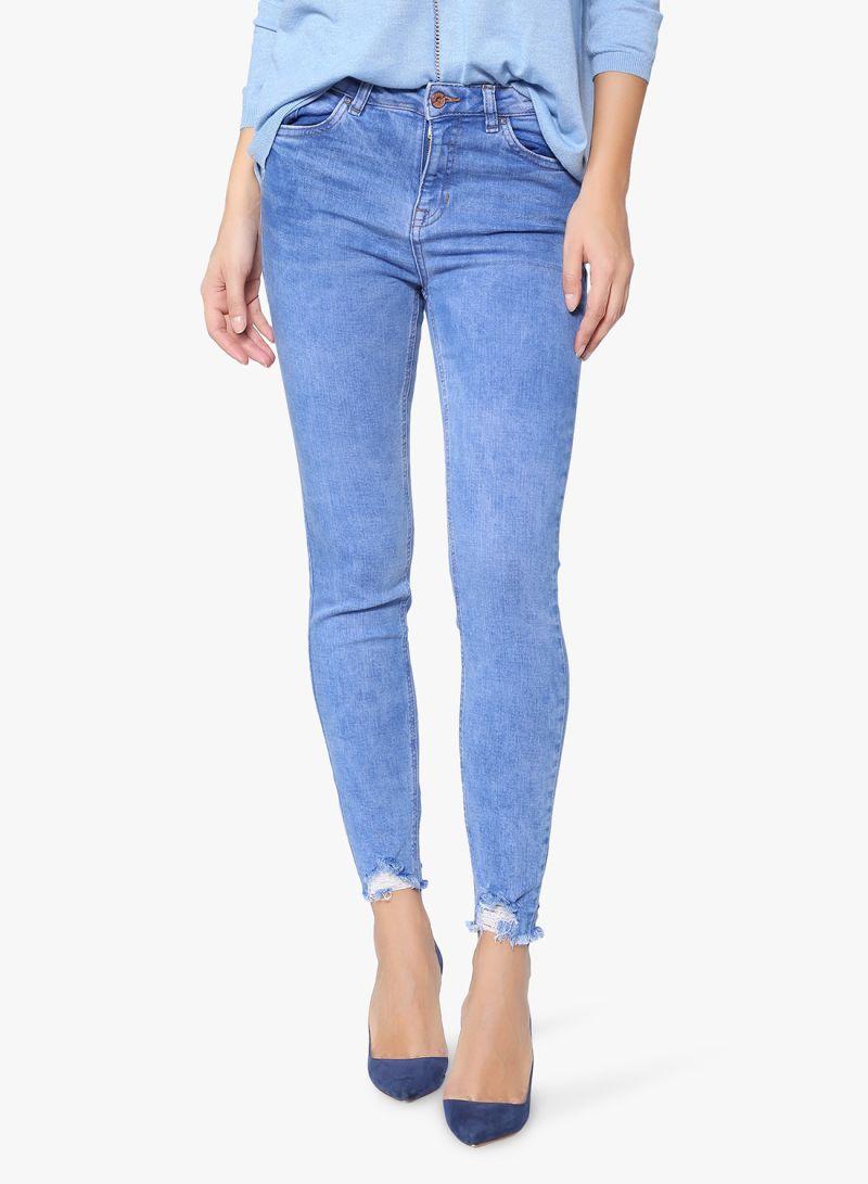 69b01e1cece00 سعر بنطلون جينز ضيق عند الكاحل أزرق فاتح فى الامارات