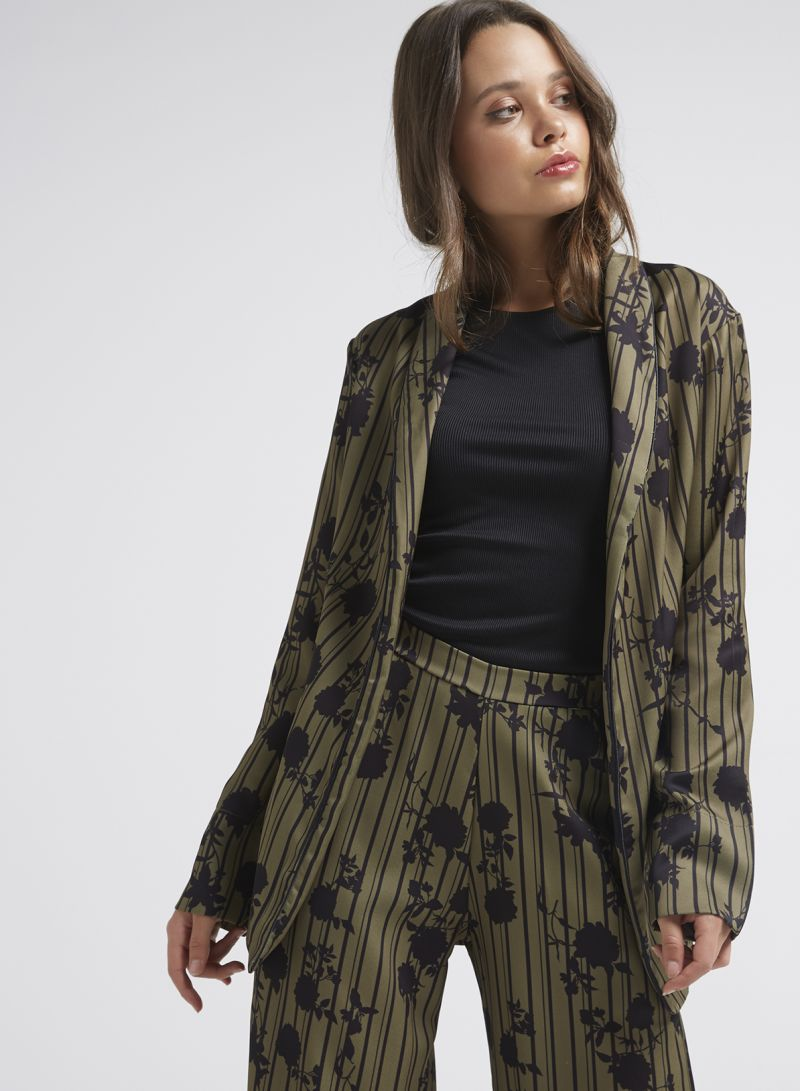 comprar online 1fd0a d71e6 Shop Sfera Floral Printed Blazer Khaki Green online in Dubai ...