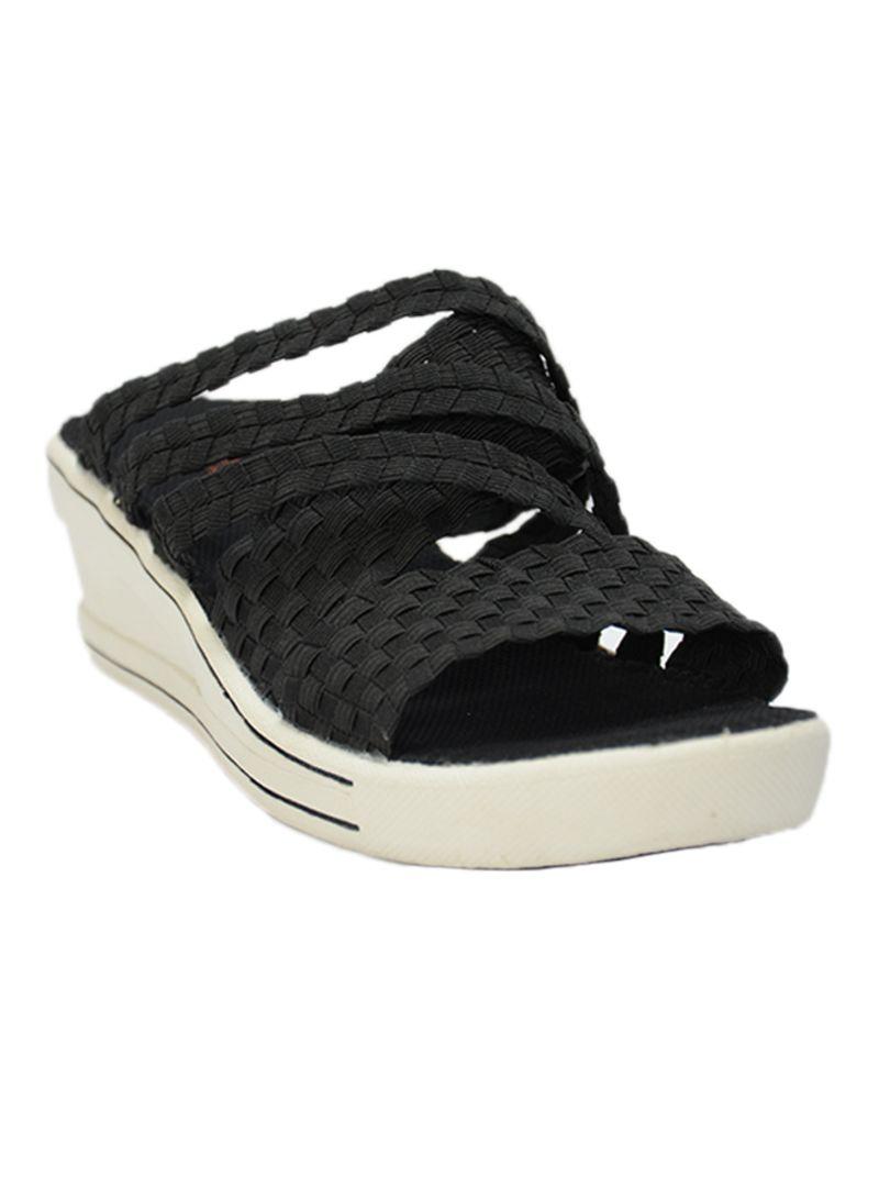 b3367c813 تسوق بيرني ميف وحذاء ويدج بكعب عريض منخفض أونلاين في السعودية