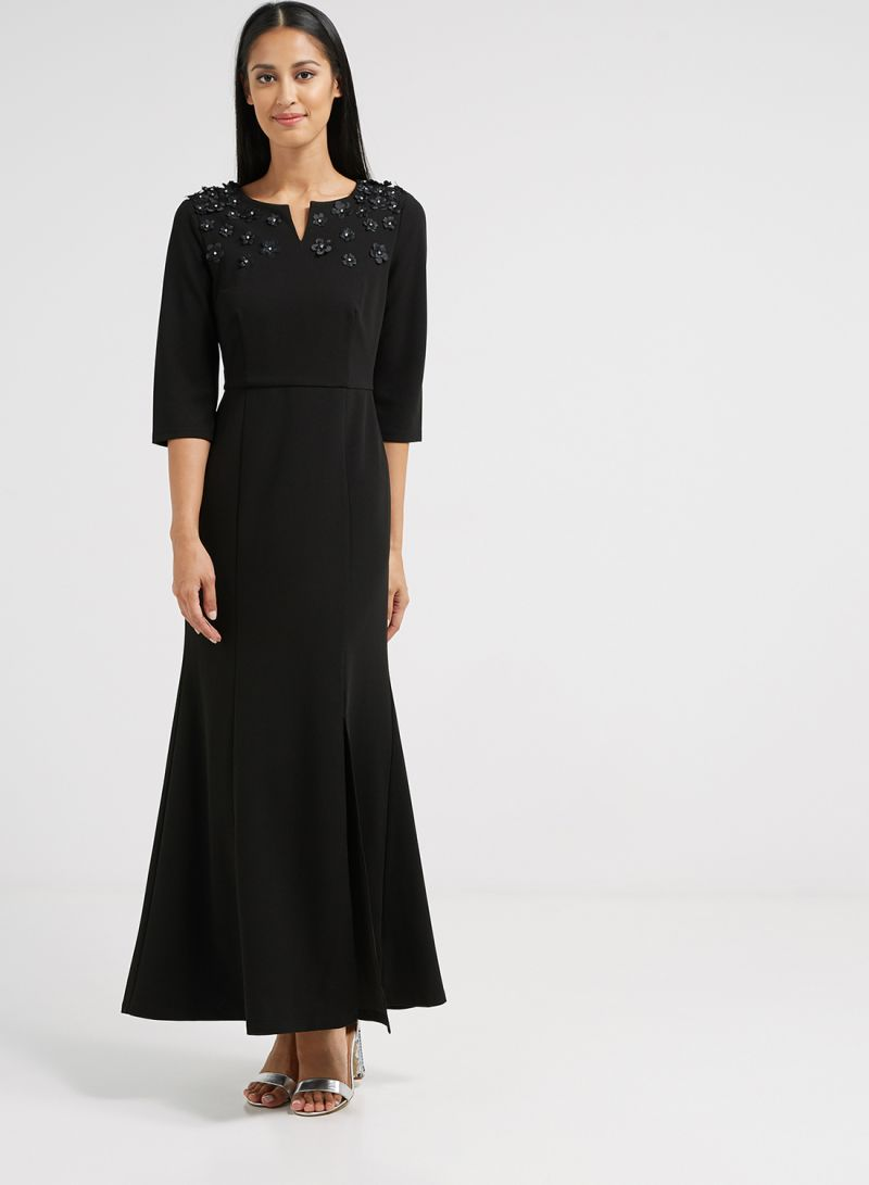 ac3c54c8a Shop ICONIC Slit Neck Maxi Dress Black online in Dubai, Abu Dhabi ...