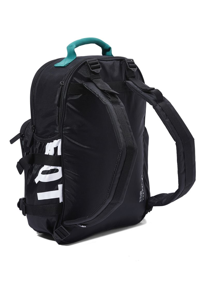 a516c073e4 تسوق أديداس أوريجينالز وحقيبة ظهر إي كيو تي الكلاسيكية باللون الأسود ...