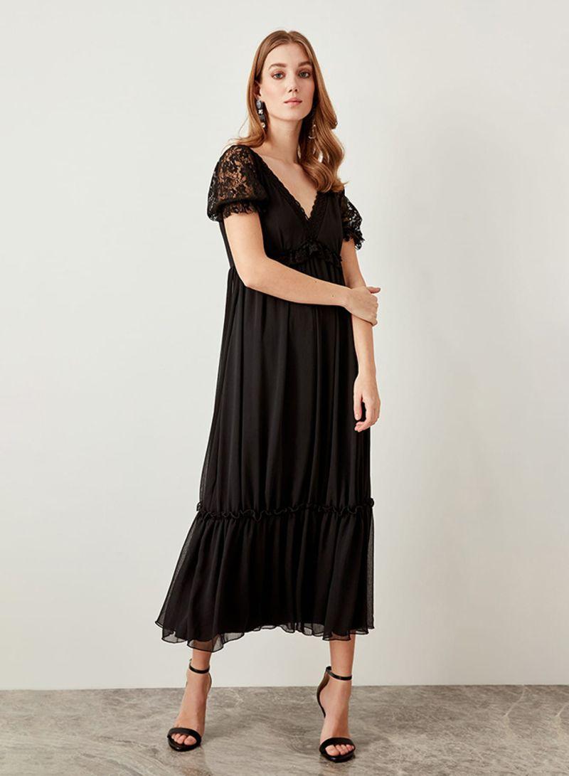 60b202dbae8 Shop Trendyol Lace Pleated Dress Black online in Dubai