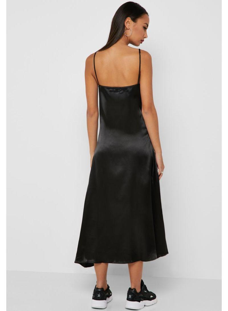 2a9a63d5b93 Shop Ginger By Namshi Satin Midi Dress Black online in Dubai