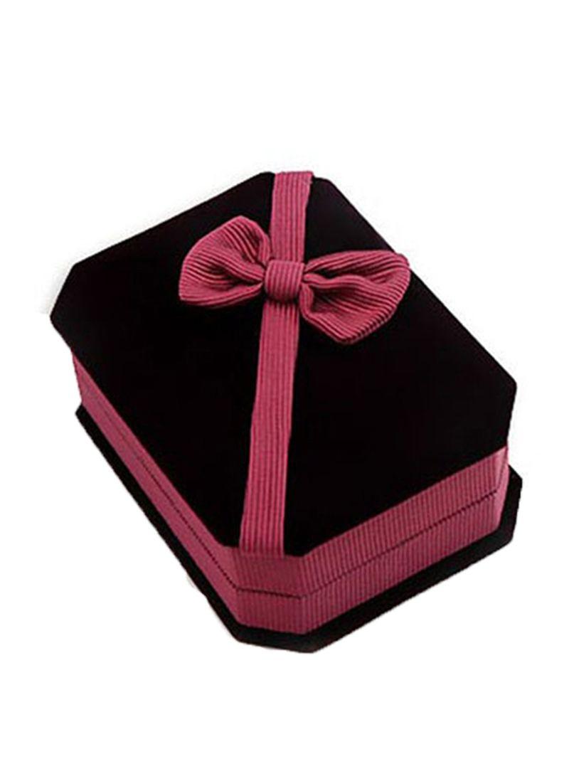 a37c2628c otherOffersImg_v1556679303/N24424307A_1. Generic. Velvet Octagonal Jewelry  Box
