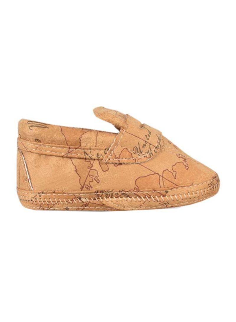 حذاء أطفال