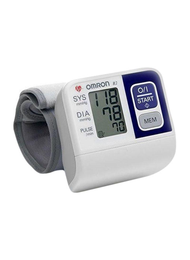 تسوق أومرون وجهاز قياس ضغط الدم على المعصم أونلاين في مصر