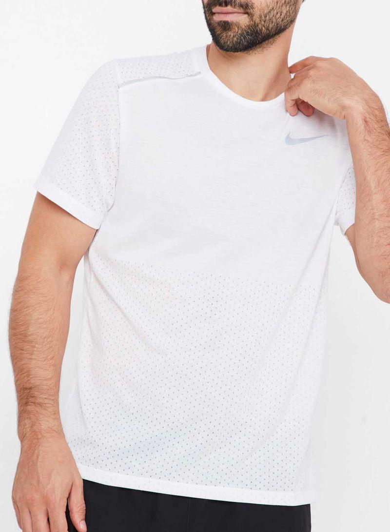 Shop Nike Breathe Rise 365 Running T Shirt WhiteReflective Silver online in Dubai, Abu Dhabi and all UAE