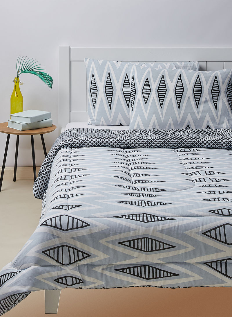 Shop Amal Comforter And 2 Pillow Covers 100 Cotton Cover Breathable And Lightweight Cotton Grey King Online In Egypt